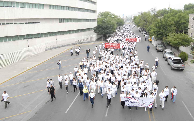 Marcha x la paz en la calle Junco de la Vega